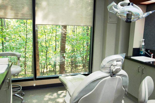 general, restorative and cosmetic dental services
